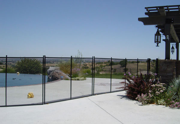 Atwater Pet Mesh Design Fence