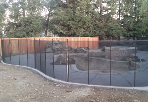 Pet Mesh Fence in Tulare, CA