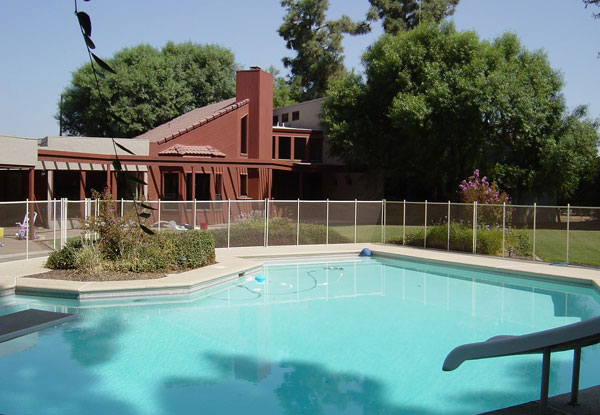 Portable & Reinstallation Pool Fence Contractor